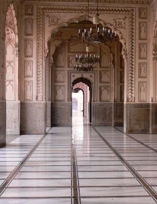 Photo de La mosquée : lieu d'ouverture et d'adoration