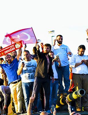 Photo de Communiqué : Tentative de coup d'état en Turquie