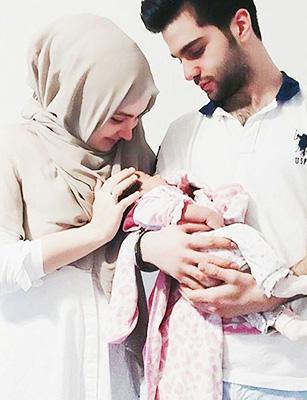 Photo de Le père, ce héros : L'amour d'un père est plus « haut » que la montagne, l'amour d'une mère est plus profond que l'océan